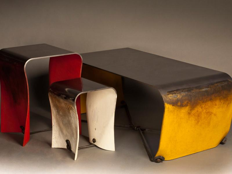 Floating Paper Steel Tables